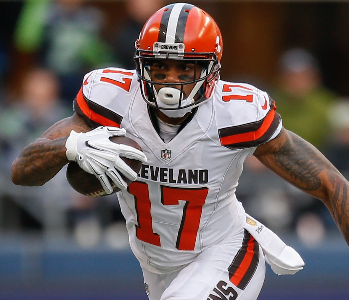 Browns tender Terrelle Pryor, three other restricted free agents ...