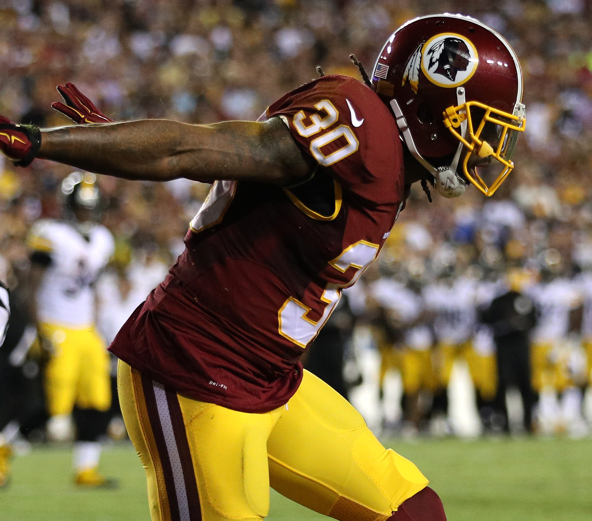 David Bruton out in Washington after signing three-year deal in ...