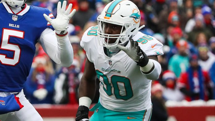Dolphins trading Charles Harris to Falcons