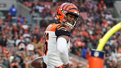 Cody Core leaves with injury as Bengals and Steelers remain ...