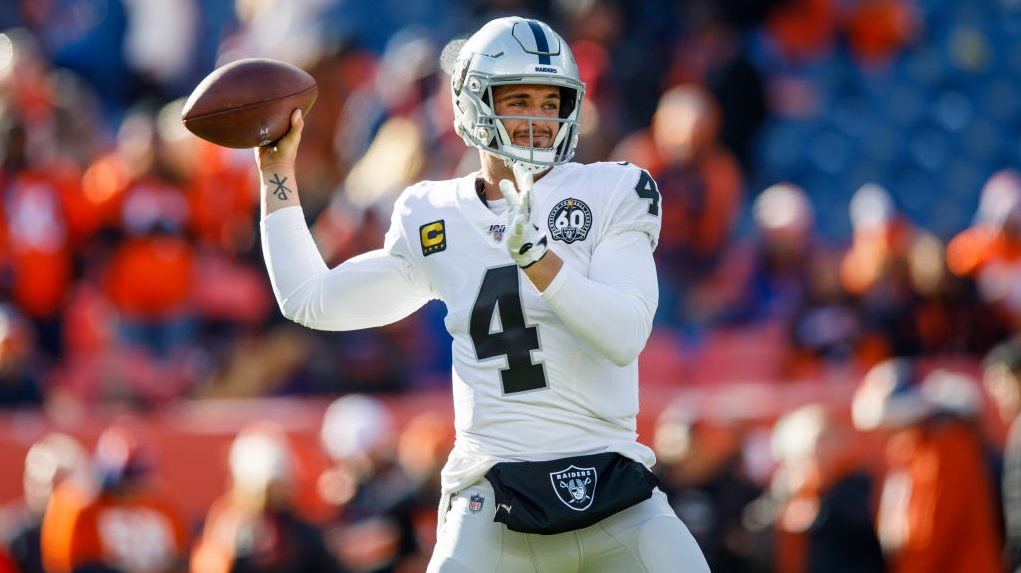 Derek Carr working with teammates in Las Vegas park - ProFootballTalk
