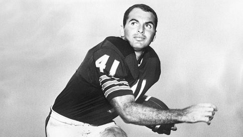Gale Sayers paid tribute to Brian Piccolo 50 years ago tonight - ProFootballTalk