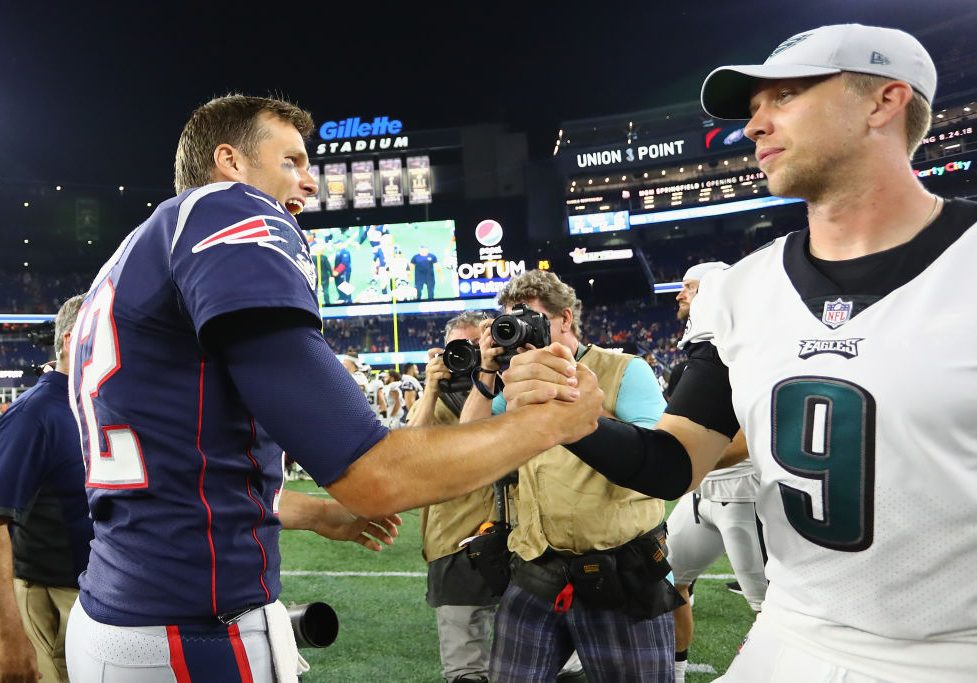 "Tom Brady ""didn't even think"" about shaking Nick Foles' hand"