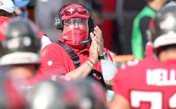 """Bruce Arians plans no extra """"risk it"""" on Sunday"""