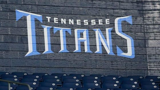 NFL: NOV 12 Colts at Titans