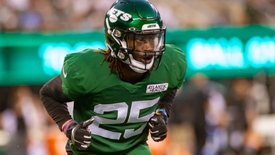 NFL: AUG 18 Jets Green & White Scrimmage