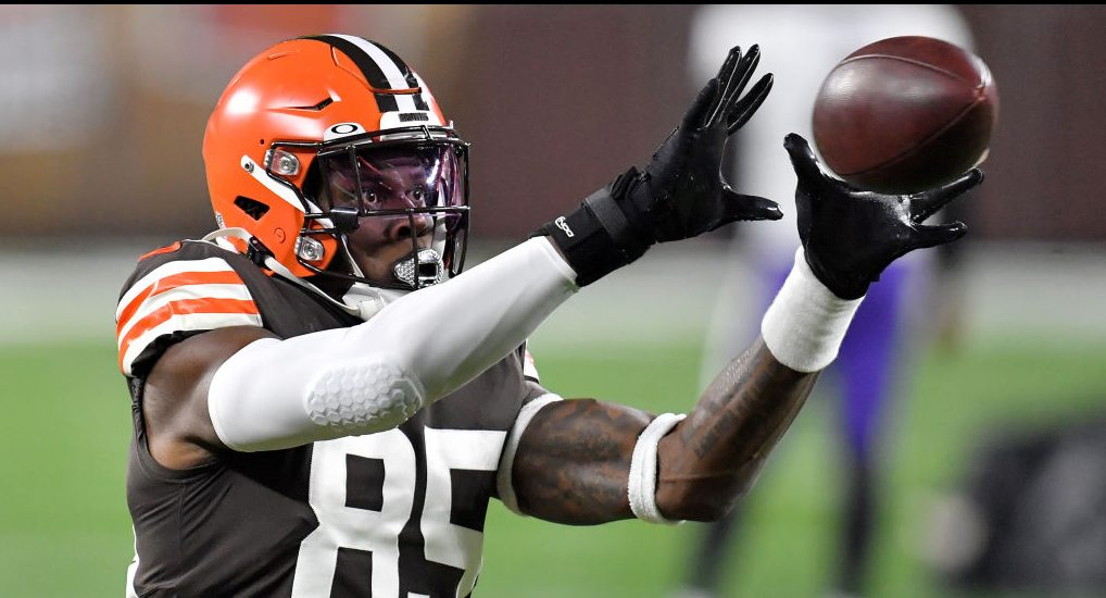 If Browns move on from David Njoku, Kyle Rudolph would appear a fit