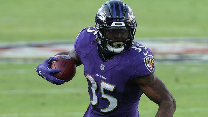 Ravens tender Gus Edwards, Trystan Colon-Castillo, and Kristian Welch - NBC Sports
