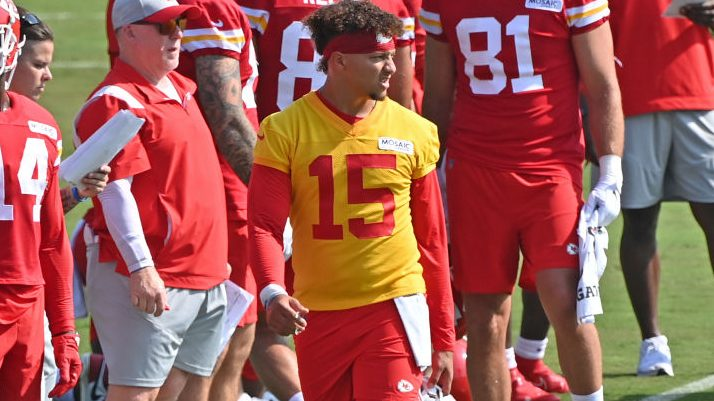 Patrick Mahomes completes the Madden 22 99 Club