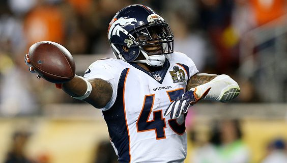 T.J. Ward chastises Ron Rivera for wanting his players to get vaccinated