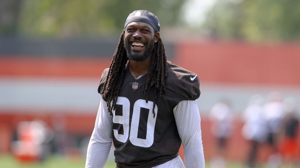 Jadeveon Clowney loves the idea of pass rushing against offensive guards