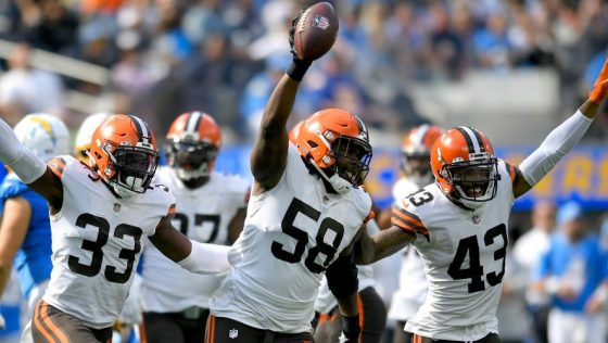Cleveland Browns v Los Angeles Chargers